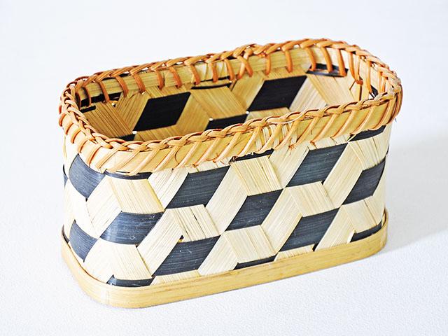 Basket ตะกร้าสานไม้ไผ่สีดำ  8x20x10cm INTERFORM VC-1212BK